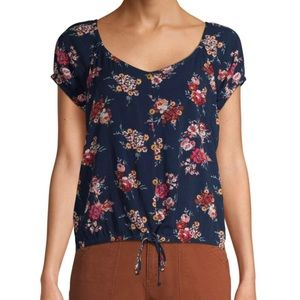 Tops - [NWOT] Navy floral blouse
